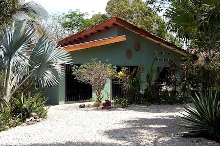 Casa de Mañana - Villa with PRIVATE POOL :) - Playa Junquillal - Villa