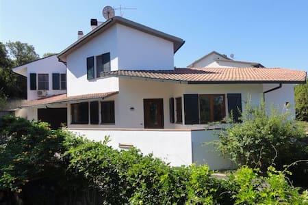 Villa nella MAREMMA TOSCANA - Sticciano Scalo - Rumah