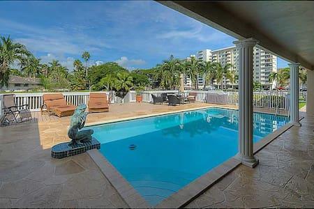 Hallandale beach Pool Home - Maison