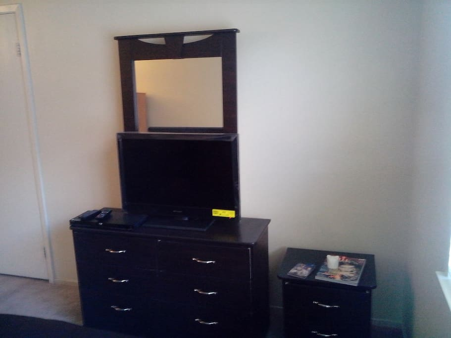 Large Room 5 Minutes from The Strip