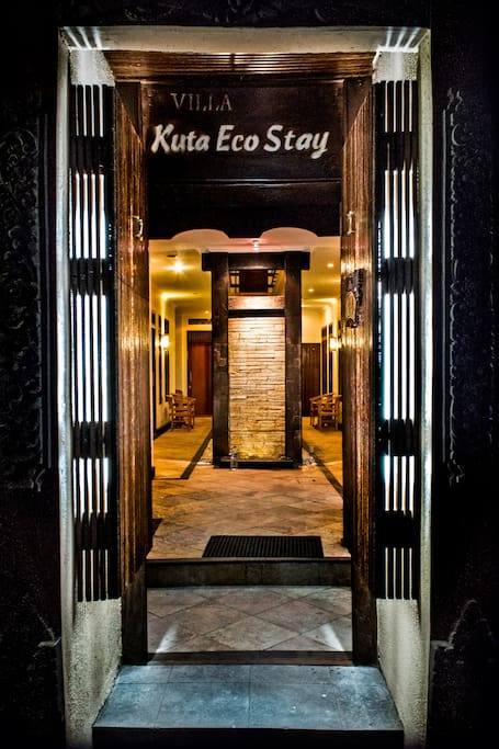 entrance to Kuta EcoStay on Gang Lotring