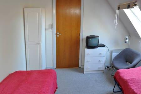 Mellergaarden BNB room 1 - Cabin