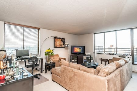 Super nice 2 bdrms 2baths apartment