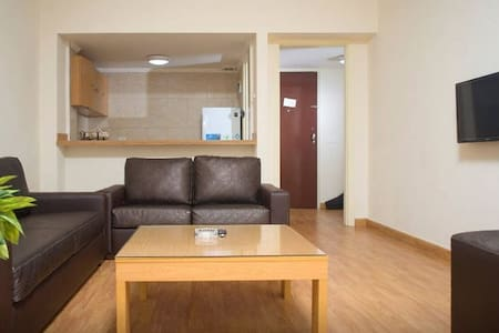 Room type: Entire home/apt Bed type: Real Bed Property type: Apartment Accommodates: 3 Bedrooms: 0 Bathrooms: 1