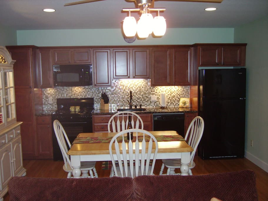Kitchen with gas stove and dish washer