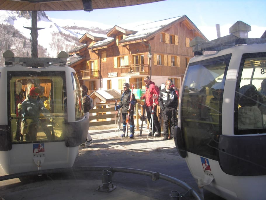 Winterski or summer in French Alps