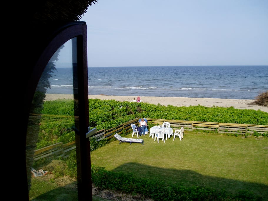 Beach Front - Sea View Summer House