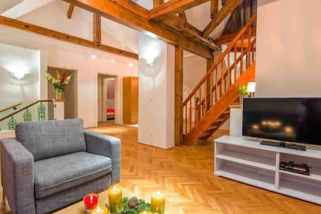 CasaNeve - Apartment Valentina - Badgastein
