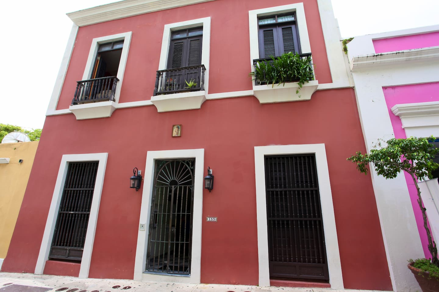 Located right in the heart of Calle San Sebastian in Old San Juan.