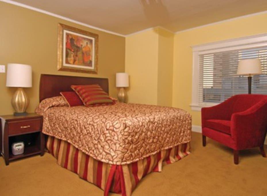 Compact 1-Bedroom Unit in San Fran