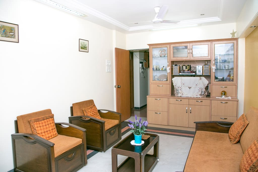 Airy room with WIFI on Carter Rd