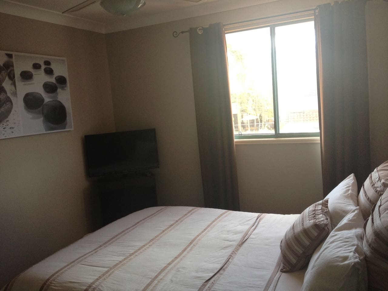 Very spacious, light and airy. Sun & light blockout curtains for those sleep in mornings.