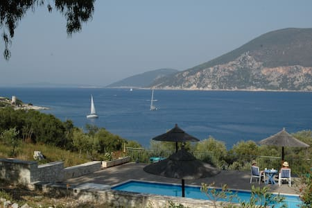 Martini waterfront suites - Fiskardo - Villa