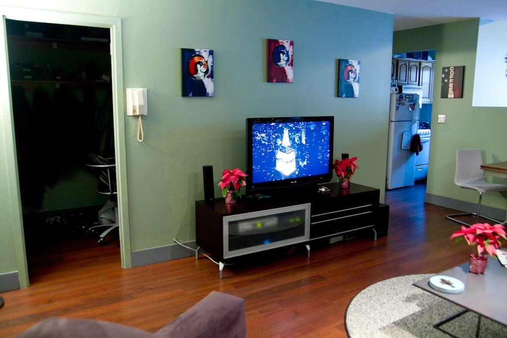 Living room w office entrance