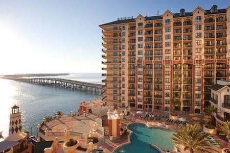 WVR Ocean Harbor View - Luxury Condo by Beach - Destin - Társasház