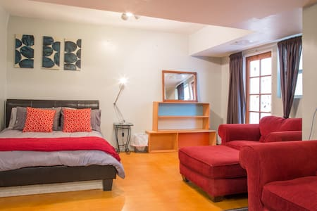 Charming Studio by the Beach/Canals - Apartmen
