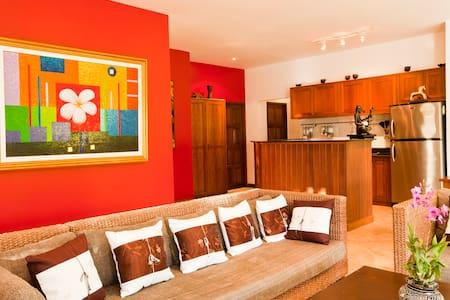 3 Bed Room Pool Villa in Nai Harn - Rawai - Villa