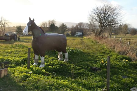 Self catering at the Breakish Horse - Chalet