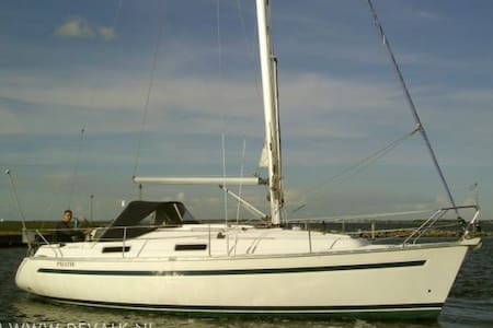 Ligging in prachtige Jachthaven - Brouwershaven - Boat