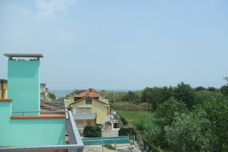 SEAFRONT APARTMENT RENT NEAR VENICE - Wohnung