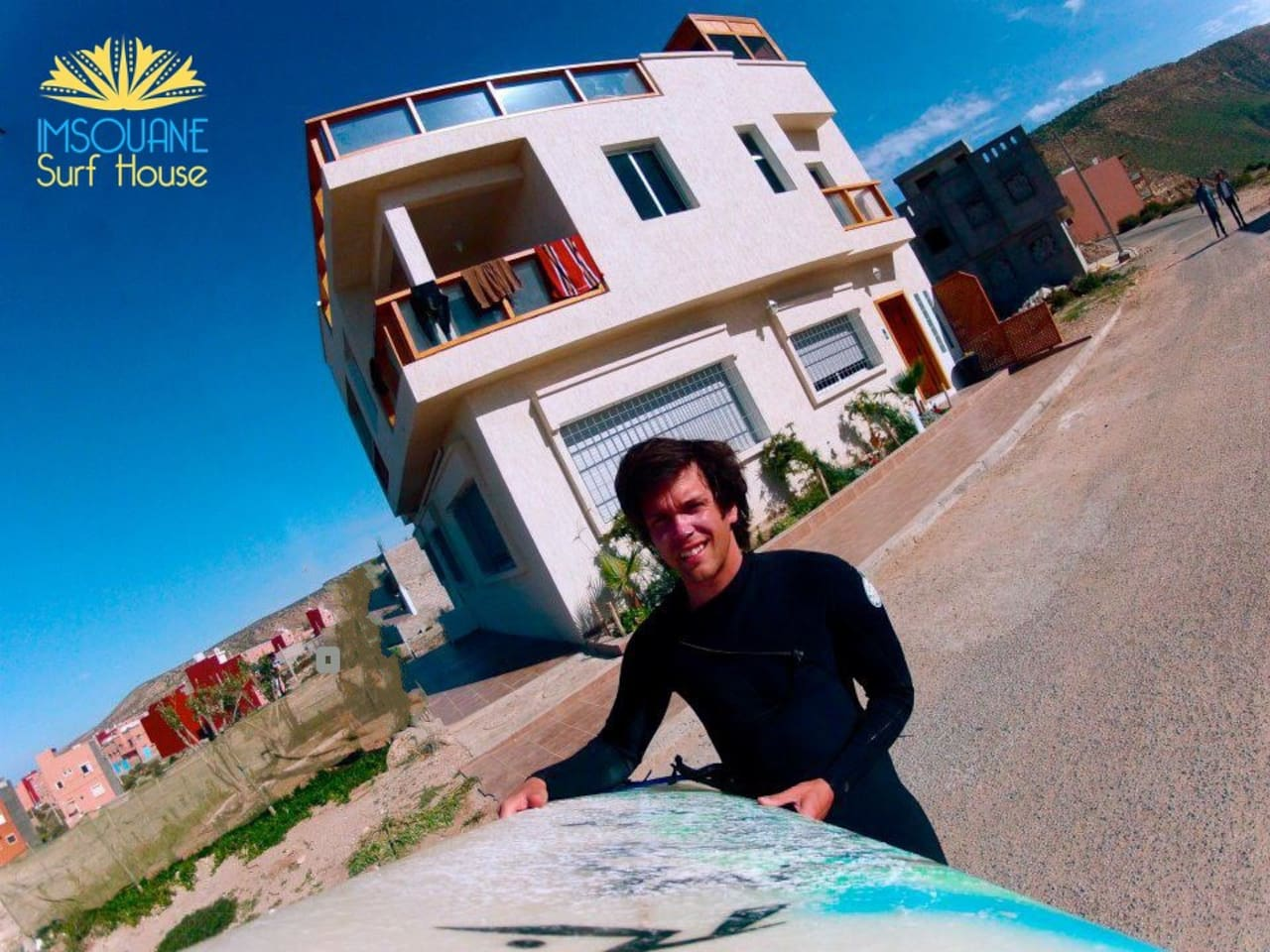 House and Surf