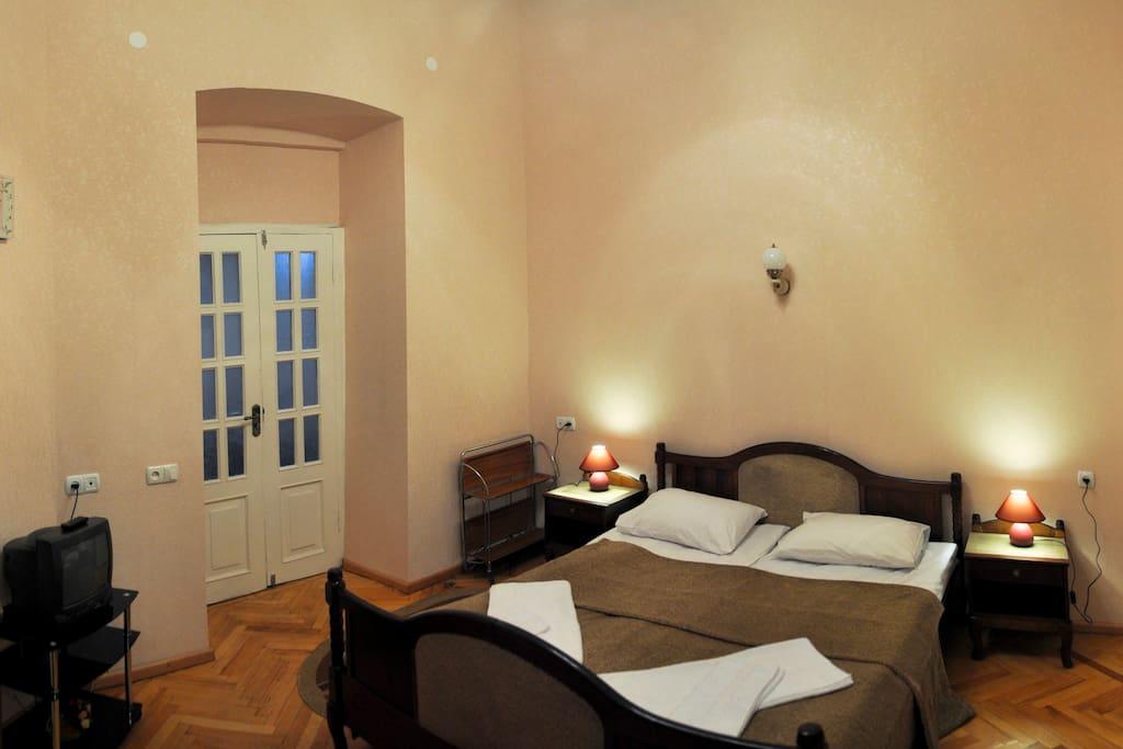 Double Room (second photo)