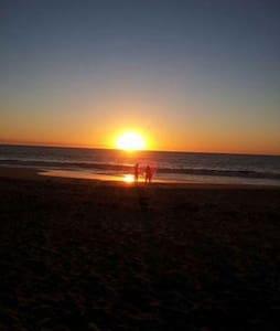 Madora Bay Retreat - Bed & Breakfast