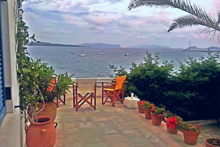 Incredible House on the Beach- Amazing Sea view - Spetses - Rumah