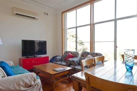 3 Bedroom Semi at Coogee Beach - Coogee - Apartment