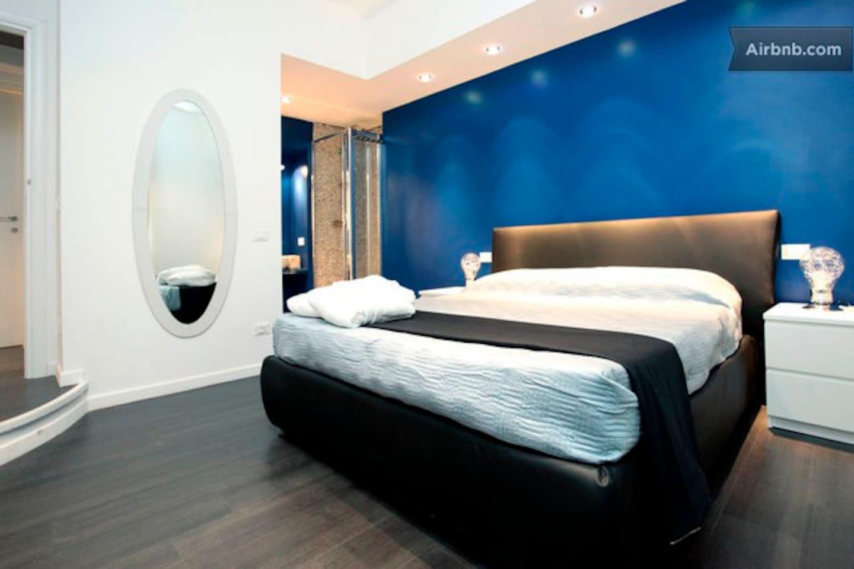 Suite Design Vaticano Roma room blue