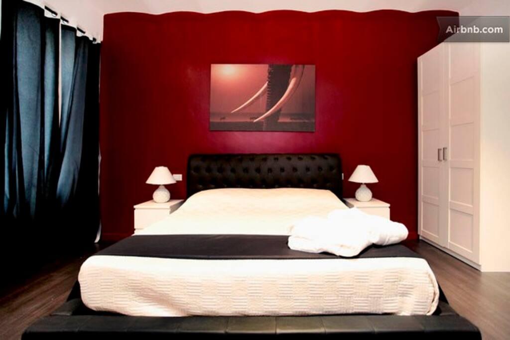 Suite Design Vaticano Roma room red