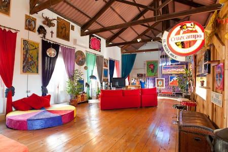 Enjoy A funny & Amazing loft 4 you  - Séville
