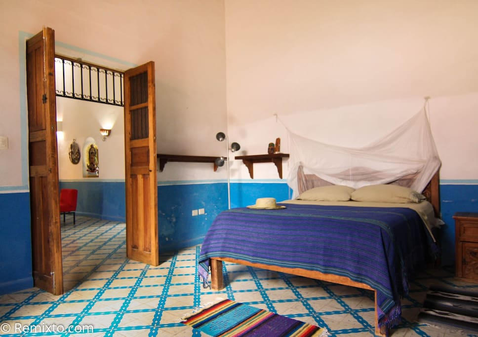 A second queen size bed can easily accommodate a second couple on your tropical vacation