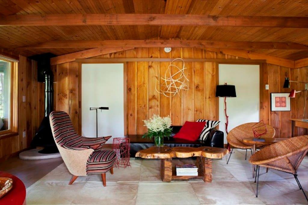 Romantic and stylish upstate cabin