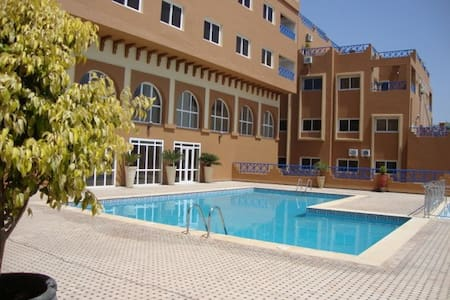 APPARTEMENT MER PISCINES GOLF SURF