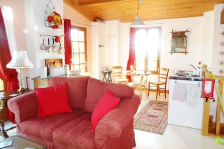 Idyllic country gite overlooking the river Garonne - Other