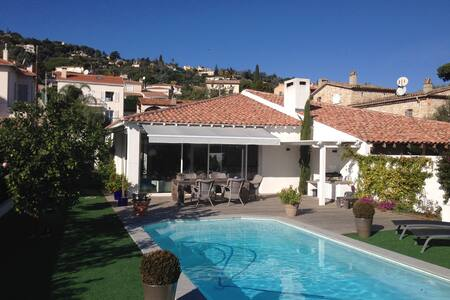 Superb , recent villa , sea overview - Vallauris