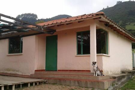 Tabio Nature Sol De Mayo - Ház