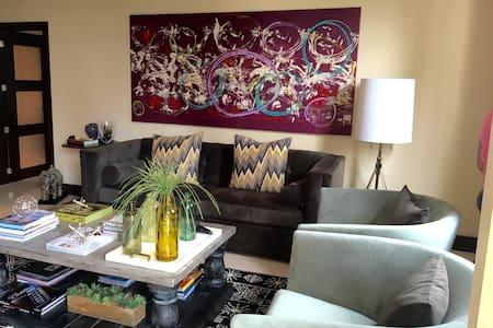 Brickell Key 2/2 perfect apartment! - Wohnung