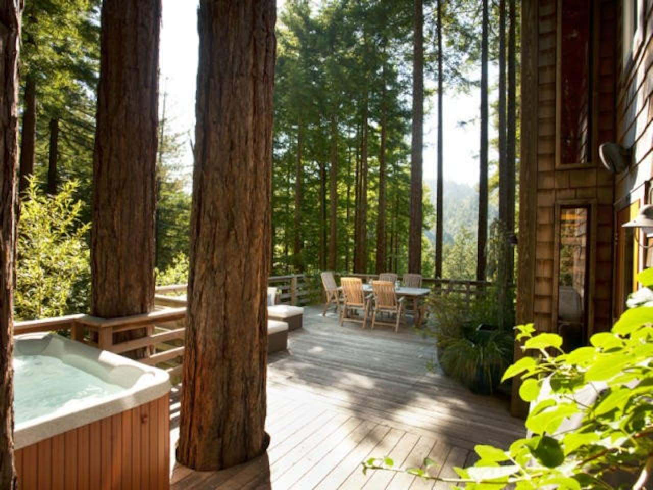 Hot tub, deck, redwoods, view of the russian river valley...ahhh