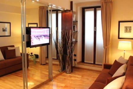 DISCIPLINI - Luxury apt at Duomo - Milan - Apartment