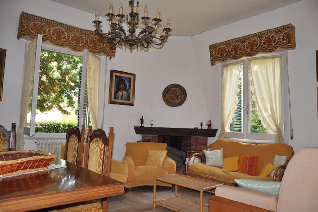 Lovely villa 300mt from the seaside