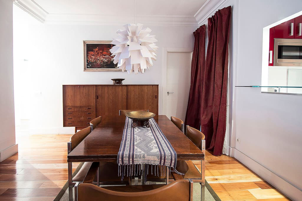 Dining table and sideboard at General Pardiñas