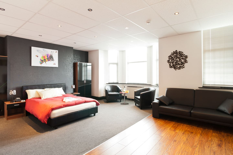Manchester Centre Hotel Suite.