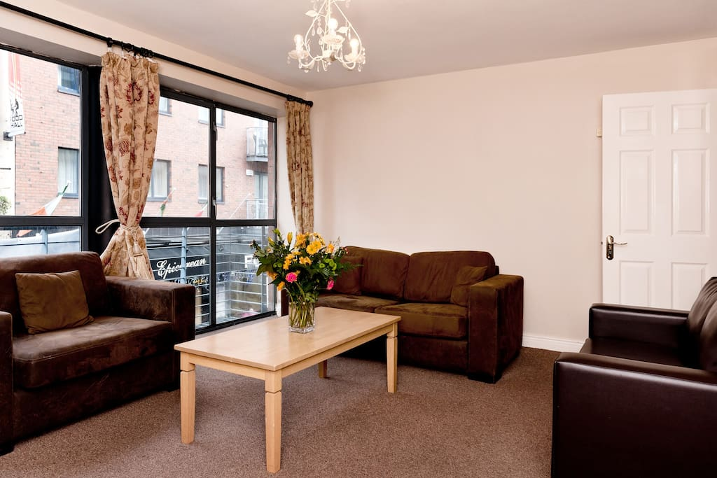 The apartment looks out over Lower Liffey Street, the road that leads to Temple Bar, and is great for people watching.