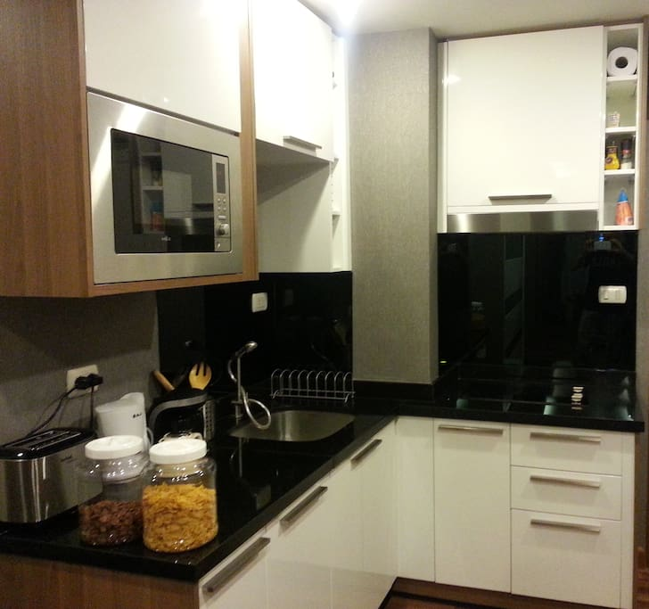 New kitchen fully equipped (with combi Microwave/oven, hobs ceramic induction, coffee maker, toaster..