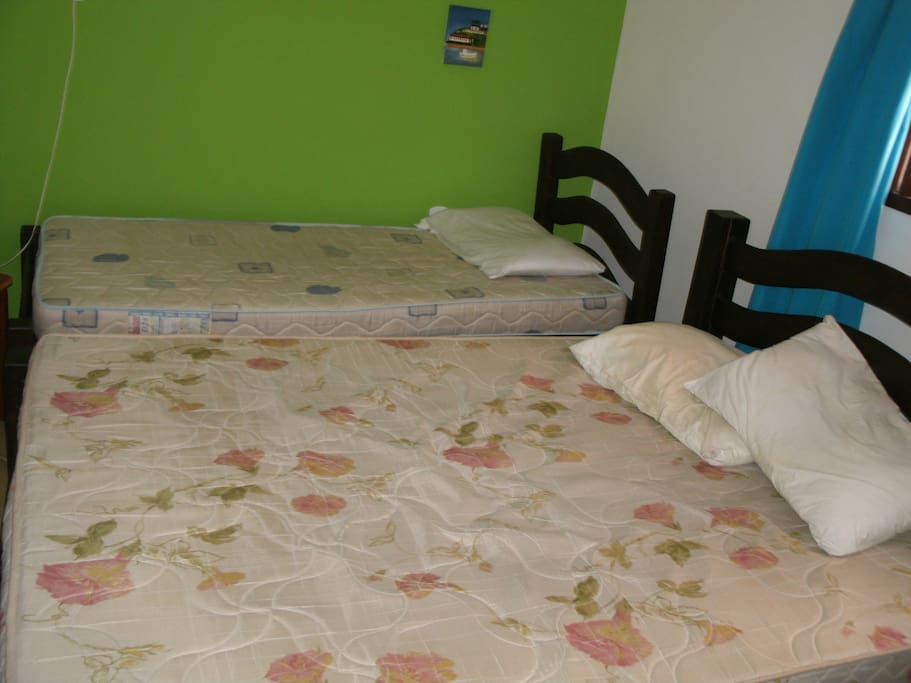 Master bed room with private bath.....twin size and ful size bed....linen is available for all sizes