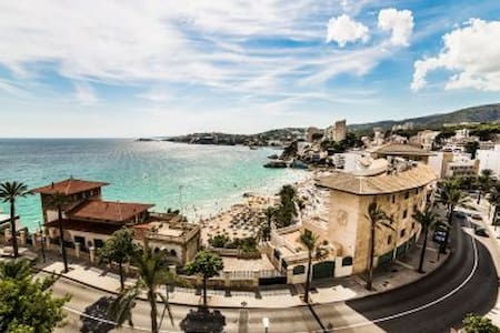 JUST 100m FROM THE BEACH, FREE PICK UP AT THE AIRP - Palma - Apartment