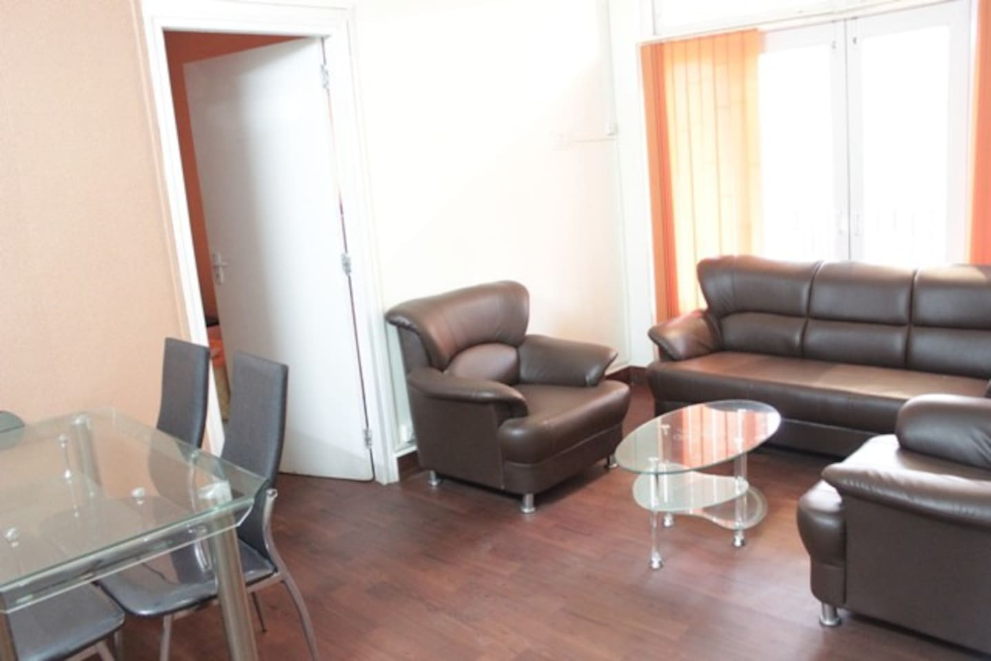 2 Bedroom Apartment in Malad East