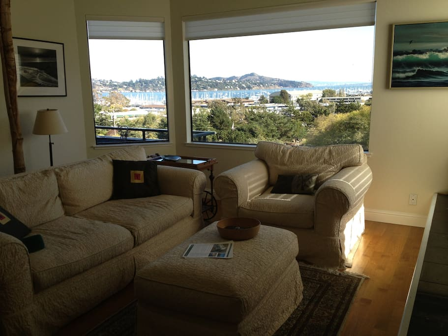 Living room looking out towards Angel Island Summit.